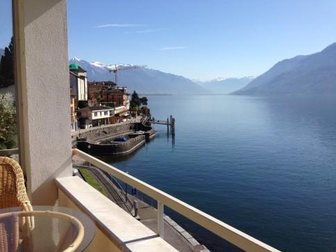 Wunderschöne 3-1/2 Zimmer Ferienwohnung am See - moebliert