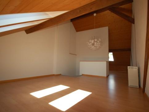2.5-Zimmer-Dachmaisonette-Wohnung