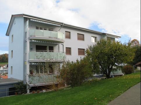3.5-Zimmerwohnung in Mehrfamilienhaus