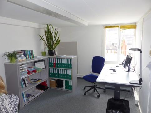 3 Büros mit ca. 12-14 m2 Fläche ab 01.07.2017 frei!