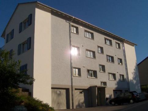 4.0-Zimmerwohnung EG links