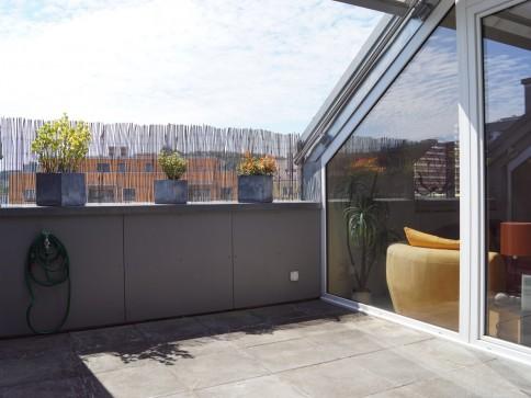 4.5-Zimmerwohnung mit Galerie, Terrasse und Einstellhallenplatz