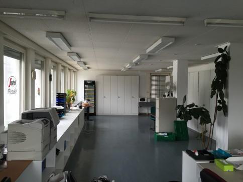 Bureaux, locaux de 588 m2 divisibles à louer à Bussigny