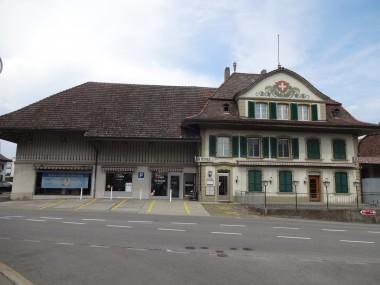 """Ehemaliges Restaurant """"zum Kreuz"""" inkl. Wohnhaus"""