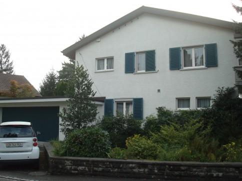 Grossflächige 2.5 Zimmerwohnung mit 2 grossen Terrassen