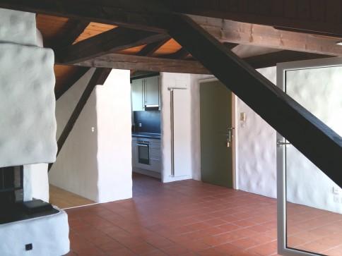 Heimelige 2.5-Zi-Dachwohnung mit viel Charme