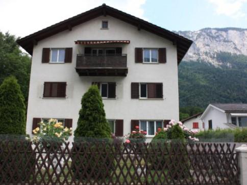 Heimelige 4 Zimmer-Wohnung in ruhigem 3-Familienhaus