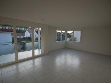 helle 4.5-Zimmerwohnung mit Balkon