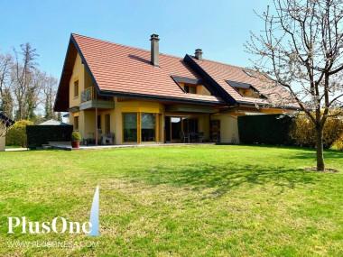 Magnifique villa dans un cadre idéal à Commugny