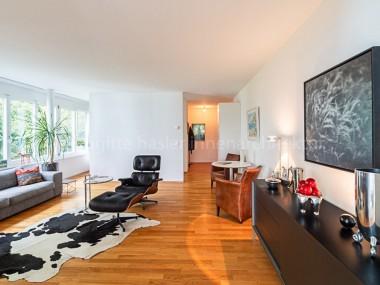 Moderne 2-Zimmer-Wohnung mit idyllischer Terrasse an begrünter Lage