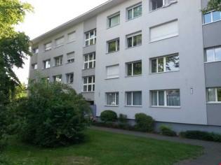 Moderne möbelierte Wohnung