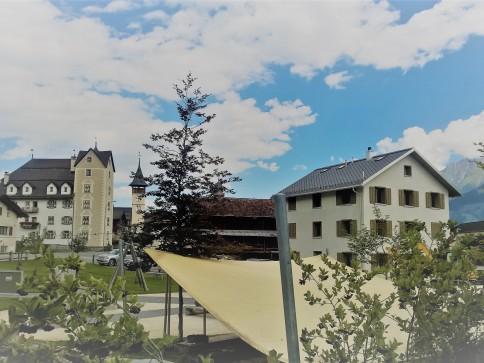 Neue 5.5-Maisonette-Eigentumswohnung zentral in Vella nähe Bergbahnen