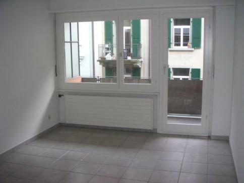 Renovierte 2.5 Zwg mit Balkon