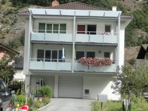 Schöne 4.5 - Zimmerwohnung mit grosszügigem Umgebungsanteil