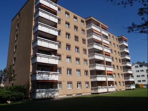 Schöne 5-Zimmerwohnung im 5. OG rechts