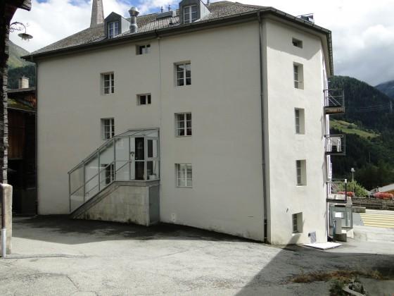 Eingangsbereich - gedeckt