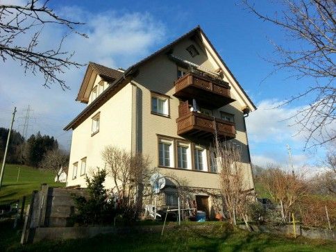 Wohnen am Berg mit Blick ins Rheintal