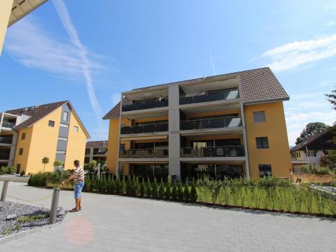 Zweitvermietung - Sonnige 4.5 Zi-Wohnung - 2. OG