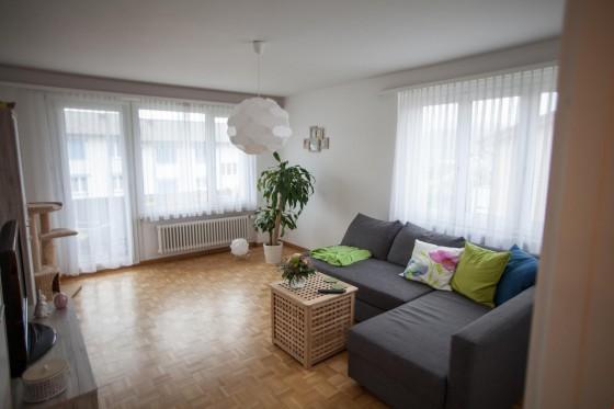 Wohnzimmer (Möbel gehören Mieterin!)