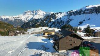Studio avec terrasse en résidence secondaire à côté des pistes de ski