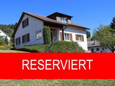 Top gepflegtes Einfamilienhaus an ruhiger und sonniger Aussichtslage