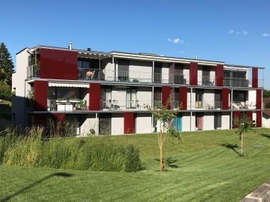 top-moderne 3 1/2-Zimmer Attikawohnung mit 2 Balkonen und viel Licht