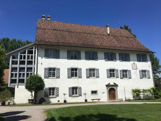 Zauberhafte 3,5 Zimmer Wohnung im Schloss Gündelhart